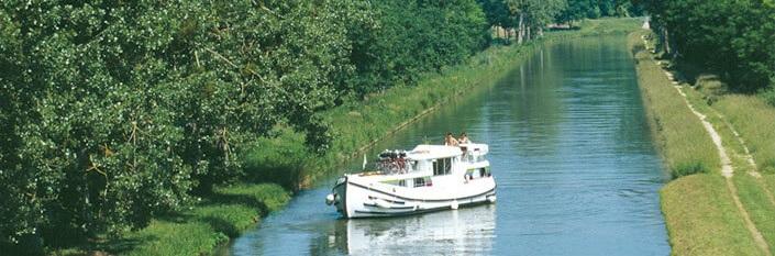 Flodbåd i Picardie