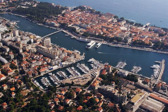 Zadar (Sunturist Charter)