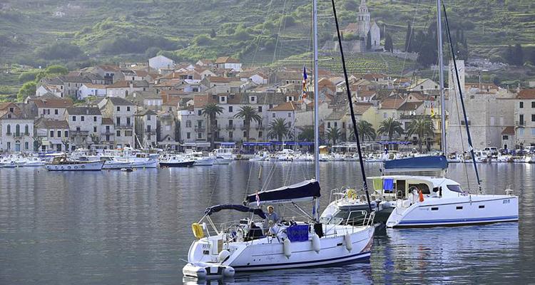 Tag på sejlferie i Kroatien